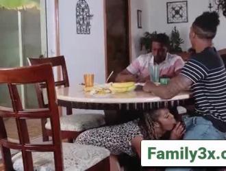 سكس مايا خليفه فيديو ٥ دقيق